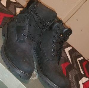 Like new Black Timberland boots, sz 10
